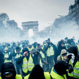De Gule Veste demonstrerer hver lørdag i Frankrig. Ifølge debatredaktør Pierre Collignon har årtiers politiske accept af voldelige demonstrationer været med til at flytte normerne for »det normale« i Frankrig.