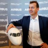 Airbus' kommende topchef, Guillaume Faury, ses her ved den årlige pressekonference i hovedsædet i Blagnac nær Toulouse i Frankrig i februar 2019, hvor årsresultatet for 2018 blev fremlagt. Samtidig meddelte Airbus, at produktionen af superjumboen A380, der har været en store prestigesatsning for Airbus, stopper i 2021.