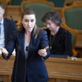 Mette Frederiksen (S) fortalte tirsdag eftermiddag efter spørgetimen i folketingssalen, at hun kendte til årsagen bag tidligere DSU-formand Lasse Quvang Rasmussens fratrædelse.