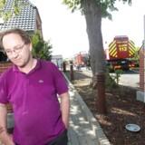 Erik Guldager blev landskendt som gallerist for Muhammedtegneren Kurt Westergaard. I juli 2013 brændte Erik Guldagers Galleri Draupner i Skanderborg – i øvrigt få måneder efter, at Erik Guldager var blevet passet op af to bevæbnede røvere. Brandårsagen var en gnist fra en ukrudtsbrænder. I dag bor han i Luxembourg og engagerer sig ivrigt i enkeltsager og kampen mod »systemet« herhjemme.