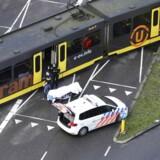 Hvorfør skød gerningsmanden i sporvognen? Motivet er stadig ukendt.