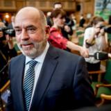 »Der sker et eller andet kemisk med folk, når de bliver ansat i Bruxelles,« siger DF-næstformand Søren Espersen, der støtter kritikken af medierne i ny bog.
