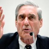 Den særlige anklager Robert Mueller har fredag afleveret sin rapport om mulig russisk indblanding i valget i 2016 til justitsminister William Barr.