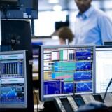 Aktierne ryster, og den globale økonomi er svækket. Spørgsmålet er, hvor bekymret danskerne skal være for væksten i det kommende år.