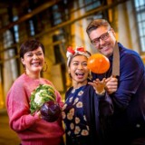 Maddystens flinke dommerpanel består af Michelin-kok Dak Wichangoen, madentusiasten Timm Vladimir og kok og kogebogsforfatter Louisa Lorang.