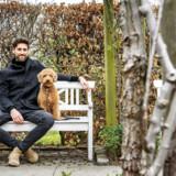 Mikkel Fønsskov går ofte ture med sin hund, Martha, i Landbohøjskolens have.