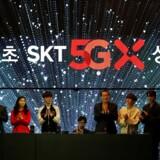 På fredag, 5. april, åbner Sydkoreas største teleselskab, SK Telecom, for verdens første 5G-mobilnetforbindelser i almindeligt abonnement. Foto: Kim Hong-Ji, Reuters/Ritzau Scanpix