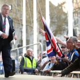 Spartaneren Mark Francois i sit element – han talte i fredags for hundredvis af ligesindede hårde brexiteers forsamlet ved parlamentet i London.