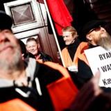 Demonstration torsdag 26. februar 2015 foran Arbejdsretten i København, der indledte sagen mellem den danske fagbevægelse og det irske lavprisflyselskab Ryanair. Hovedspørgsmålet er, om den danske fagbevægelse lovligt kan føre arbejdskamp imod Ryanair.