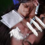 To mødre til børn med et tidligere stofmisbrug har i samarbejde med flere eksperter oplistet 11 tegn på, at et barn ryger hash eller tager stoffer som kokain og MDMA.