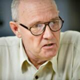 »Transportminister Ole Birk Olesen må mande sig op og fyre lægen,« lyder det fra Enhedslisten i sagen om styrelseslægen, der kritiseres for inhabilitet.