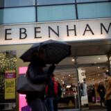 Debenhams forretning på Oxford Street i London. Stormagasinkæden, der også ejer danske Magasin, er i store økonomiske vanskeligheder og risikerer at måtte svigte sine aktionærer gevaldigt med en særlig type aftale.