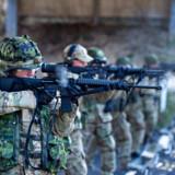 Hjemmeværnskompagni på skydeøvelse udenfor Frederikshavn, 23. marts 2019. En række pistoler og geværer er over de seneste to år dukket op igen efter at have været forsvundet fra Forsvaret.