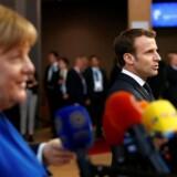 To forskellige visioner for Europa på vej til EU-topmøde i Bruxelles 10. april 2019: Den tyske kansler, Angela Merkel, talte for at give Storbritannien en lang Brexit-udsættelse af hensyn til det fremtidige forhold mellem parterne. Frankrigs præsident, Emmanuel Macron, kæmpede for en kort udsættelse.
