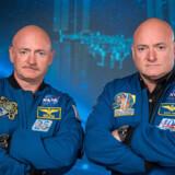 Tvillingerne Scott og Mark Kelly var 50 år gamle, da Nasas undersøgelse begyndte. De har begge været i kredsløb om Jorden i flere gange. Robert Markowitz/Ritzau Scanpix