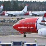 Dansk fly skal hjælpe Norwegian med at dække huller i flyruterne i kølvandet på flyveforbuddet mod Boeing 737 MAX 8.