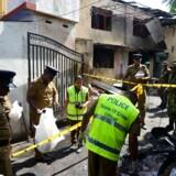 Srilankanske sikkerhedsstyrker og politi arbejder ved Zion Kirke efter en eksplosion i Batticaloa i den østlige del af Sri Lanka 21. april 2019.