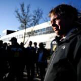 »De fremmede fjender er dem, der kæmper en krig mod Danmark,« siger stifter og partileder af partiet Stram Kurs, Rasmus Paludan.