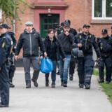 Rasmus Paludan fra partiet Stram Kurs gør sig klar til at demonstrere i Lergravsparken på Amager, 24. april 2019.