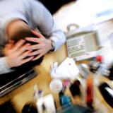 »Når vi i dag ser velfungerende mænd føle sig overmandet af en krise midtvejs i livet, handler det meget ofte om et for lavt selvværd, uagtet at det ikke kan ses udadtil,« siger forskningsleder og psykolog på Rigshospitalet og formand for Selskab for Mænds Sundhed, Svend Aage Madsen.