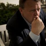 »For jeg synes også godt, man kan stille spørgsmålstegn ved, om den brolægger, som er ung i dag, vitterligt skal være 75 år, før han kan gå på pension,« siger statsminister Lars Løkke Rasmussen i et interview med Berlingske.