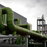 (Arkiv) Novo Nordisk har i årevis arbejdet med at genbruge affald, varme og vand fra selskabets produktion i Kalundborg (her fotograferet i 2012). Nu vil virksomheden være 100 pct. cirkulær, men det er taget munden for fuld, mener en forsker.