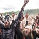 Ifølge et nyt studie gør dødsmetal-genrens hårde tekster ikke lytterne mere aggressive. Her er det nogle af de 20.000 fans, der hvert år nyder hård rock og dødsmetal på festivalen Copenhell i juni.