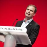»Det er næsten komisk, at en minister fra et regeringsparti, der har skiftet økonomiske politik for hvert nyt kalenderår, fortsat holder sig til Venstres spinmanual, når det kommer til angreb på Socialdemokratiet,« skriver Nicolai Wammen.