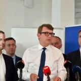 Beskæftigelsesminister, Troels Lund Poulsen (V), præsenterede torsdag en aftale om en ændring af seniorførtidspensionen. Aftalen er indgået med DF og de Radikale. »Jeg er sikker på, at det vil gøre en mærkbar forskel på det danske arbejdsmarked, fordi vi får indført en ret for nedslidte,« siger han.