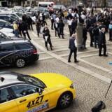 Demonstration imod taxitjenesten Uber på Christiansborg Slotsplads onsdag den 16. september 2015. I dag er situationen en helt anden. Uber er væk, men andre kapitalstærke spillere er kommet ind.