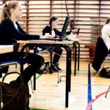 »Det passer ikke, at man skal have mindst 5,0 i gennemsnit til afgangsprøven for at blive optaget, selv om det er det, der overordnet er blevet kommunikeret fra politisk hold,« lyder det fra Hanne Paustian Tind, der er Region Midtjyllands repræsentant i Ungdommens Uddannelsesvejledning Danmark.