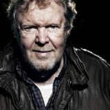 Komponisten og sangeren Sebastian er tilbage med album nummer 31. Selv om han har rundet 69 år, lyder han stadig veloplagt og indigneret.