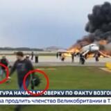 Det er dette billede af et brændende fly i Moskva, der har rystet flyeksperter.