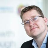 Radikale Venstres beskæftigelsesordfører, Rasmus Helveg Petersen, mener, at Socialdemokratiets planer om tidligere folkepension for nedslidte ikke kan gennemføres i den kommende valgperiode. Det bakkes op af Dansk Folkeparti.