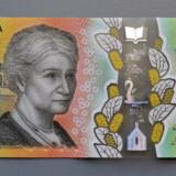 Torsdag bekræftede Australiens centralbank, at der er en stavefejl på landets nyeste 50 dollarseddel. Der er ifølge flere medier 46 mio. stk. af 50 dollarsedlerne i omløb i Australien på nuværende tidspunkt. De vil blive skiftet ud senere på året, oplyser centralbanken.