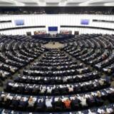 Kun hver tredje dansker kan nævne en enkelt af de danske politikere, der sidder i Europa-Parlamentet, til trods for at europaparlamentsvalget er få uger væk.