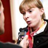 Socialdemokraten Simon Simonsen har kritiseret partifællen Joy Mogensen, der har valgt at blive »solomor« ved hjælp af en sæddonation.