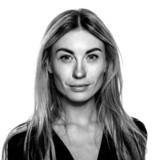 Kulturkritiker Katherine Diez sætter fokus på, at et af de 13 partier begår overgreb mod Grundlovens paragraf om ytringsfrihed og FNs menneskerettighedskonventioner.