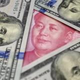 Kina har – på papiret – et potent våben i handelskrigen i form af en stor beholdning amerikanske statsobligationer. Et udsalg vil skabe rystelser, men kan modgås af den amerikanske centralbank. Det er nemmere at ramme amerikanske virksomheder direkte på afsætningen.