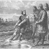 Knud den Store er bl.a. kendt for legenden om tidevandet. Hans sleske hofmænd fedtede for ham, og han lærte dem en lektie. Ingen mennesker er så mægtige, at de kan kontrollere f.eks. tidevandet, belærte han dem, da vandet skyllede over kongens fødder. Tegning fra bogen »Famous Men of the Middle Ages« fra 1904.