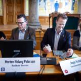 Fire af valgets spidskandidater mødtes her til fælles debat på Christiansborg. Yderst til højre i billedet sidder Folkebevægelsen Rina Ronja Kari. Hun kan ende på det sidste og 14. mandat og dermed med egne ord ende i en »ret frustrerende situation.«
