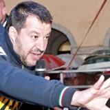 Den italienske indenrigs- og vicestatsminister Matteo Salvini har gjort kampen mod Bruxelles og EUs budgetregler til centrale politiske temaer. Salvini står til en bragende valgsejr ved det kommende EU-parlamentsvalg. Foto: Federico Proietti/Ritzau Scanpix