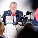 »Hvis jeg bliver afhængig af den yderste højrefløj efter et valg, vil jeg hellere afsøge et samarbejde hen over midten,« sagde statsminister Lars Løkke Rasmussen (V) under torsdagens pressemøde om sin nye bog.