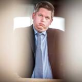 Rasmus Paludan er både politiker og erhvervsmand, men i hans advokatvirksomhed er det gået ned ad bakke, siden han stiftede partiet Stram Kurs.