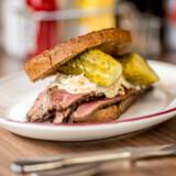 Price's Diner i Lyngby serverer nok landets bedste pastrami-sandwich.