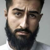 Hussain Ali taler åbent imod bander og ekstremisme fra sin platform på Facebook, hvor mere end 13.000 brugere følger ham. Onsdag vidnede han på vegne af sin dræbte ven i retten mod Loyal To Familia.