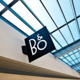 Bang & Olufsen kommer med årsregnskab 12. juli Kineser ejer nu over en femtedel af Bang & Olufsen Selv om samtaler om et købstilbud blev afbrudt i foråret, har Sparkle Roll ikke mistet B&O-interessen. - - - - -Arkiv- Kinesisk bejler vil købe alle B&O-aktier - - - ARKIV. B&O indgår strategisk partnerskab med LG om udvikling af tv, oplyser selskabet. B&O oplyser, at selskabet fortsat er i dialog med én mulig køber. (Bang & Olufsen, i Struer. (Foto: Henning Bagger/Scanpix 2016)
