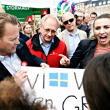 S-formand Mette Frederiksen og partiets spidskandidat til europaparlamentsvalget, Jeppe Kofod, har ved flere lejligheder ført valgkamp sammen. Her ses de til Folkets Klimamarch i København.