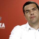 Den græske premierminister Tsipras har lovet nyvalg efter det venstreorienterede regeringsparti fik hug i valget til EU-parlamentet og lokalvalg. Det borgerlige Nyt Demokrati står stærkt i meningsmålingerne.