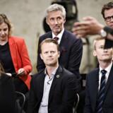 Rina Ronja Kari fra Folkebevægelsen mod EU, Morten Løkkegaard fra Venstre, Morten Helveg Petersen fra Radikale Venstre, Pernille Weiss fra Konservative, Jeppe Kofod fra Socialdemokratiet og Peter Kofod fra Dansk Folkeparti.